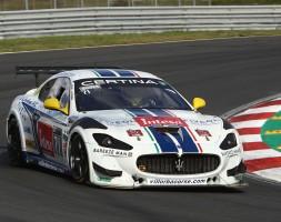 Questo weekend sul circuito tedesco il binomio italo-sammarinese affronta con la Maserati MC GranTurismo il round conclusivo della GT4 European Series