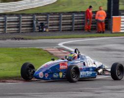 Il pilota sammarinese chiude terzo in Gara 2 ed è terzo anche in campionato