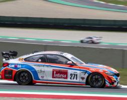 Il pilota sammarinese affronta questo weekend il terzo appuntamento del Tricolore GT Sprint